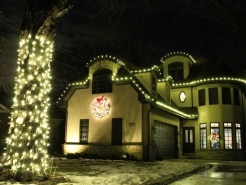 seasonal-light-hangers-winnetka