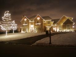 seasonal-light-hanger-barrington