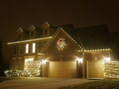 christmas-lights-hanger-south-barrington
